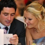 Create A Buzz At Your Wedding With Table Tasks