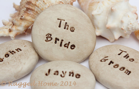 Personalised clay pebbles
