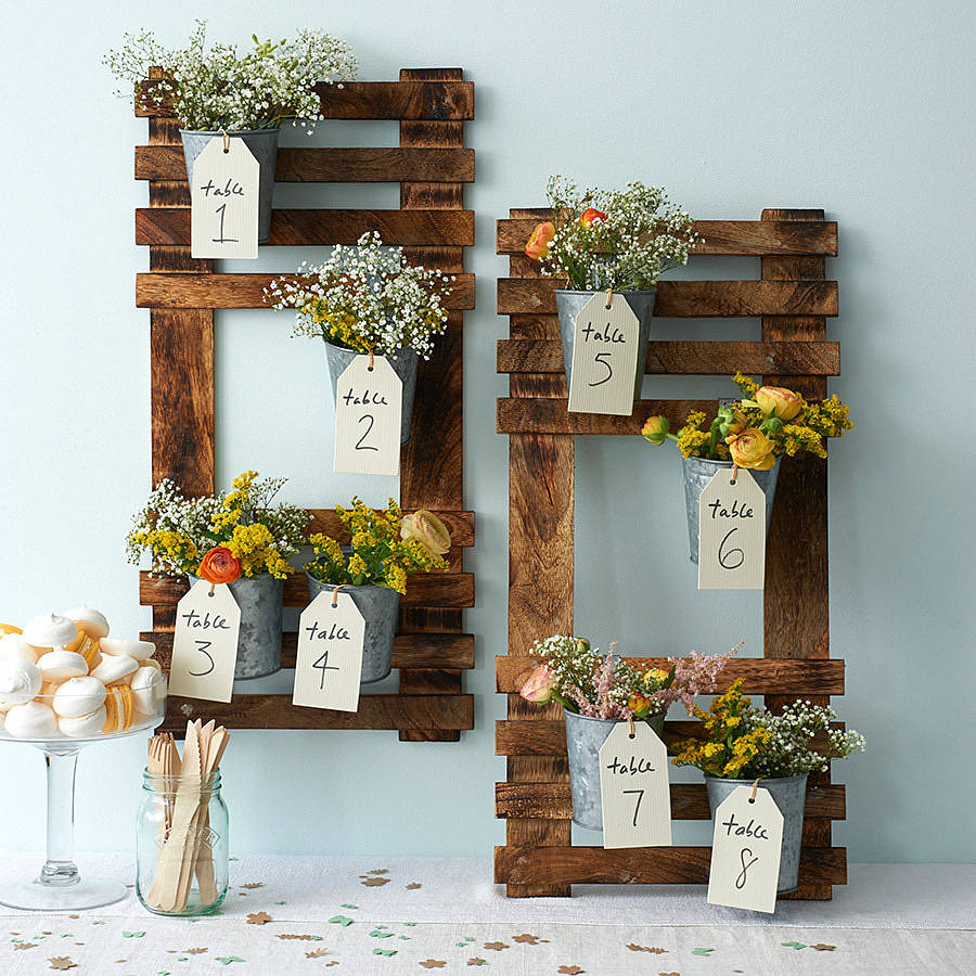 Rustic Wedding Seating Chart Ideas: A Springtime Themed Wedding Seating Plan