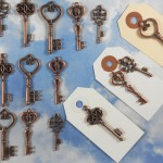 Vintage copper keys, perfect for escort cards and place cards - etsy.com