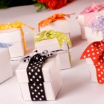Creative Wrapping For Wedding Favours