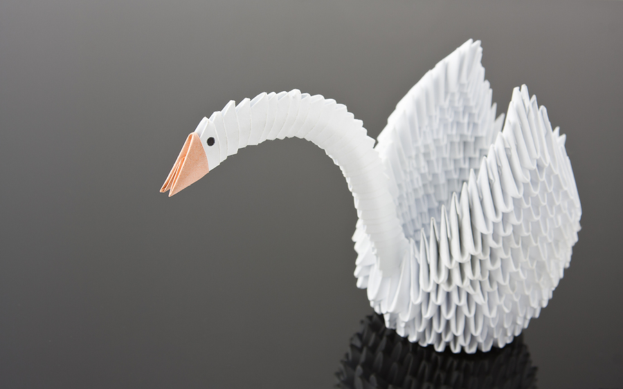 Diy origami wedding accessories for Origami swan folding instructions